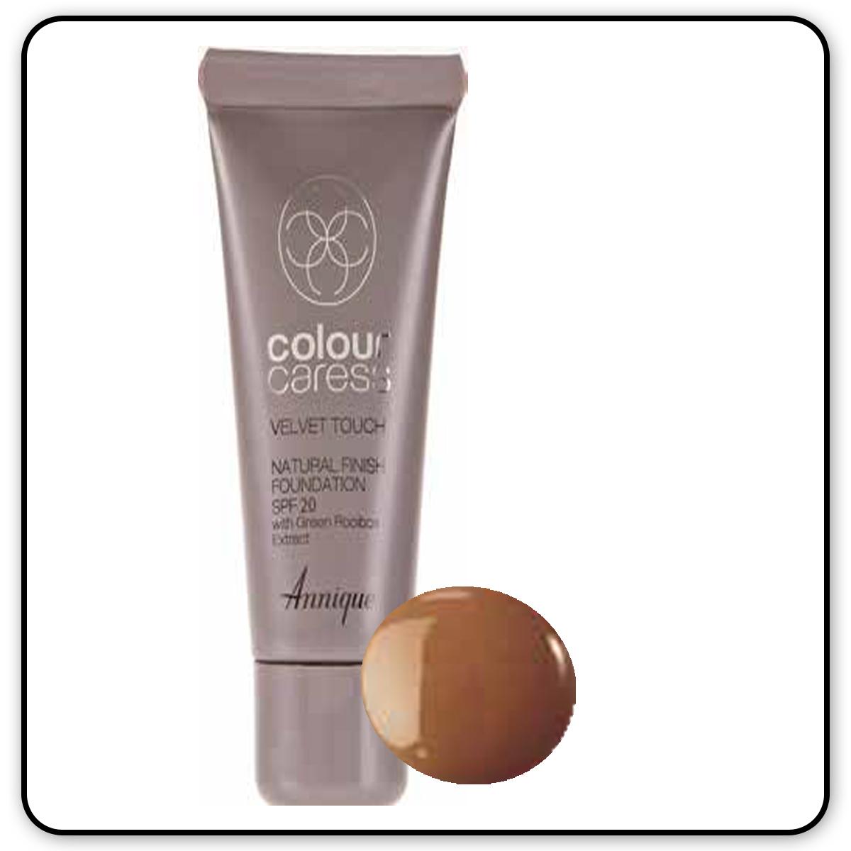Velvet Touch Natural Foundation: Nude 30ml